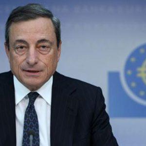 Oggi è il giorno di Draghi: la Bce abbasserà i tassi? I mercati lo sperano. Milano inizia in ribasso