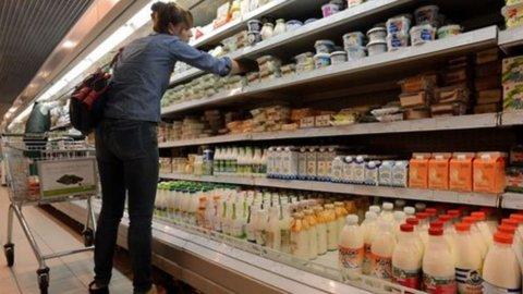Istat, crolla la fiducia dei consumatori italiani: 101,9 ad agosto