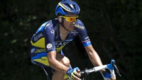 Vuelta: Contador leader ma non ancora padrone