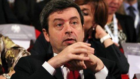 """Ferie magistrati, viceministro Costa: """"Nessun passo indietro"""""""
