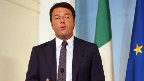 """Riforme, Renzi: """"Avanti da soli"""". Le opposizioni se ne vanno"""