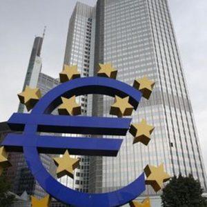 Tassi nominali bassi, reali alti. Euro giù. Monetizzazione del debito su