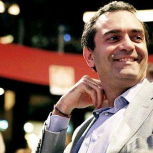 E' Napoli la vera vittima dello scandaloso rifiuto di De Magistris di dimettersi dopo la condanna
