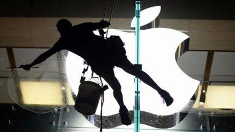 """Apple """"rottama"""" Android e Blackberry anche in Italia"""