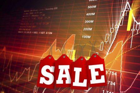 Lunedì nero in Borsa ma lo spread Btp-Bund scende