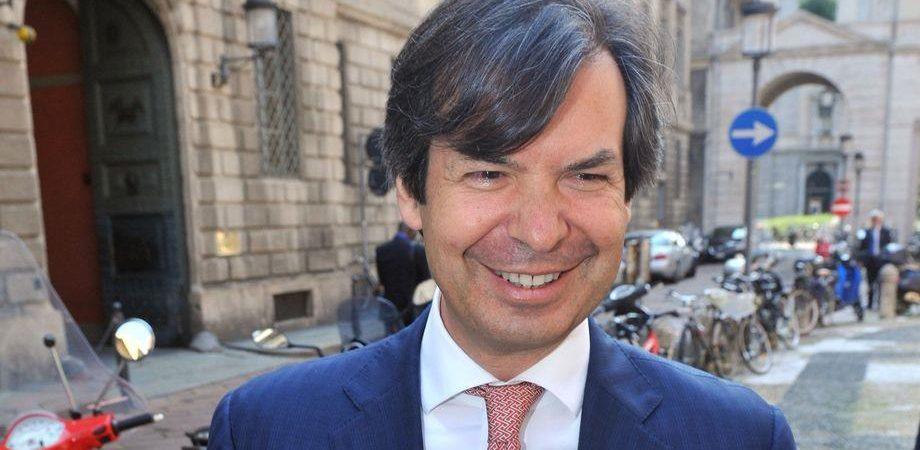 Npl, Intesa Sanpaolo perfeziona l'accordo con Intrum