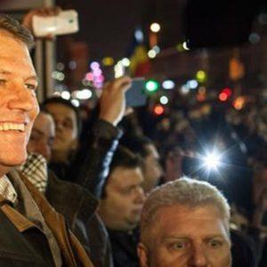 Romania, elezioni a sorpresa: vince il liberale Iohannis