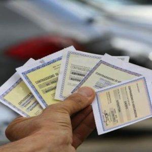 Nuova legge sulla concorrenza: stop a nuove farmacie, riforma Rc auto, novità per notai e avvocati