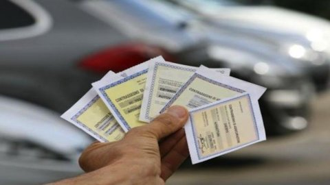 Rc auto, Ania: prezzi polizze -6% nel 2014