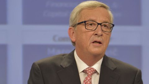 """Juncker: """"Ho fiducia nel governo Renzi"""""""