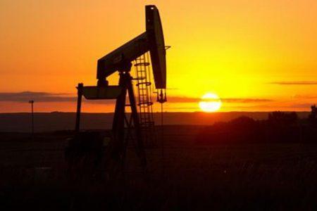 L'accordo Opec fa volare il petrolio e Piazza Affari rimbalza