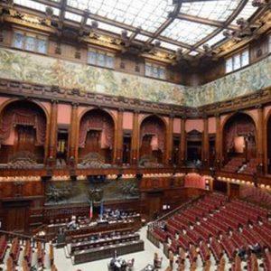 """Il Jobs Act è legge: l'approvazione definitiva al Senato. Renzi: """"L'Italia cambia davvero"""""""