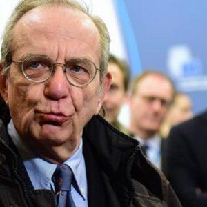 """Padoan: """"Nel 2015 Italia fuori dalla recessione"""""""