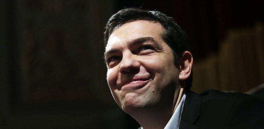 """Grecia-Ue, Tsipras: """"Accordo entro 9 maggio"""" ma spunta referendum"""
