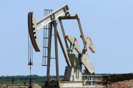Lo stacco cedola frena la Borsa ma i petroliferi vanno in orbita
