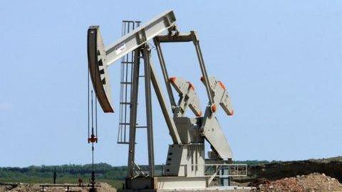 Petrolio: prezzi 2018 a 70 dollari e domanda in recupero