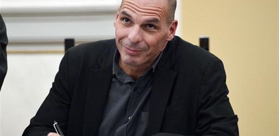 Duello sul debito della Grecia. Vola Apple e oggi i conti Fca e il vertice Fed
