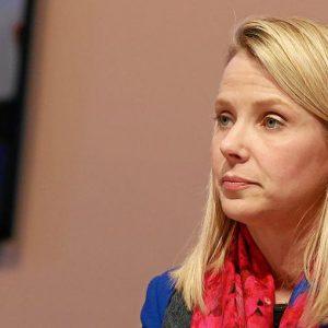 Yahoo sempre più in crisi: taglia 1.700 posti, chiuso l'ufficio di Milano