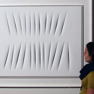 Lucio Fontana in asta da Sotheby's a Londra: 6-9 milioni di euro la stima per Concetto Spaziale