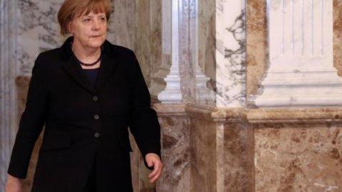 Merkel incontra Tsipras ma le Borse continuano a scendere: Milano -0,5%
