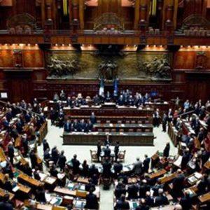 Consulta, fumata bianca: Renzi sblocca le nomine scaricando Forza Italia e aprendo a M5S