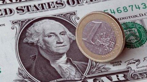 Borghi (Lega) straparla e l'euro cade ai minimi da agosto