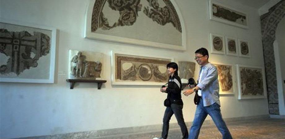 Tunisia, 22 morti in attacco Isis in un museo