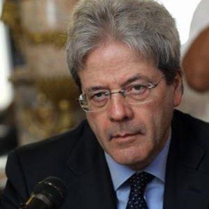 """Frontalieri, Gentiloni: """"No discriminazioni"""""""