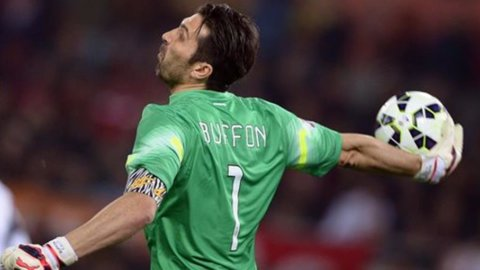 NAZIONALE – Conte torna a Torino tra gli applausi e l'Italia pareggia con l'Inghilterra (1-1)