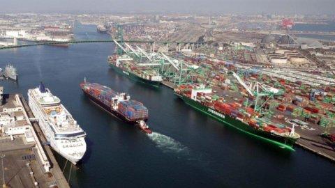 Porti: accordo al Mit per utilizzo Gnl