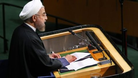 Iran: rivolta contro il carovita, feriti e morti