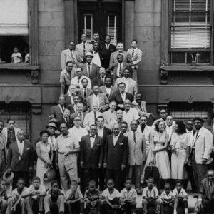Modena, immagini inedite del fotografo che immortalò 58 leggende del Jazz ad Harlem nel 1958