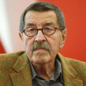 """Addio al premio Nobel Gunter Grass, scrisse """"Il tamburo di latta"""""""