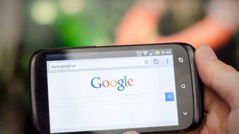 Google, la ricerca mobile sorpassa quella su pc in tutto il mondo