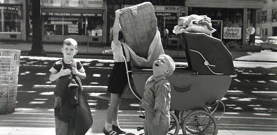 FOTOGRAFIA – La prima mostra in Italia di Vivian Maier, la bambinaia delle famiglie americane