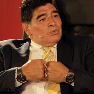 """Maradona a processo per """"l'ombrello"""" (e non solo) a Equitalia"""