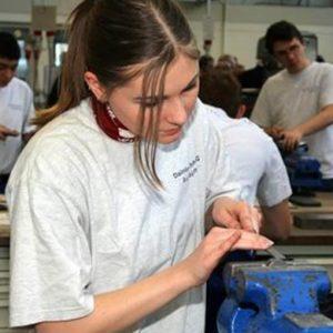 Stipendi: tra Milano e il Sud un divario abissale
