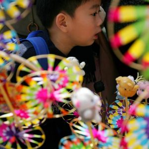 Hong Kong: l'export rallenta, ma l'aggancio al dollaro è una garanzia