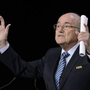 Vergogna Fifa: rieletto Blatter ma l'ombra degli scandali si allarga