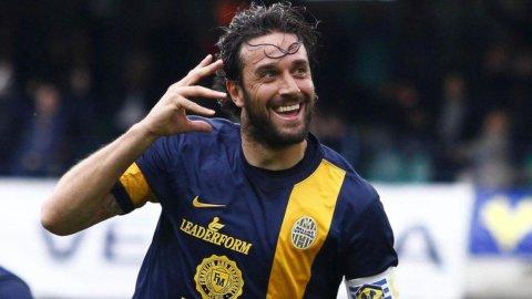 Verona-Juventus: sfida Toni-Tevez per il trono di capocannoniere. Inzaghi saluta il Milan