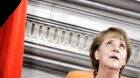 Allarme tedesco su Grexit ma Merkel va avanti