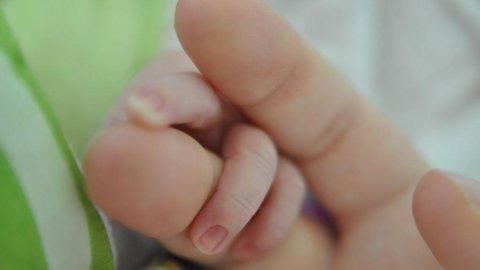 Istat: mortalità record, nascite al minimo storico