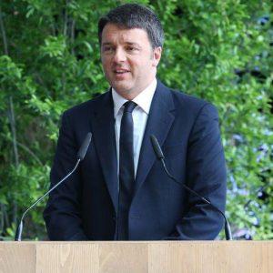 """Renzi: """"Con Renzi 2 non si vince: basta mediazioni e basta primarie nel Pd"""""""
