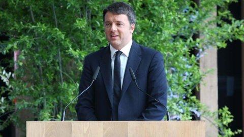 Renzi: serve ampia coalizione per distruggere Isis