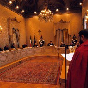 Italicum: Consulta prende tempo, decisione mercoledì