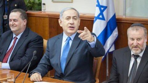Nucleare Iran: Israele, resa all'asse del male