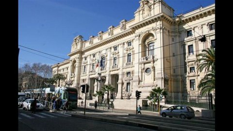 Docenti, una sentenza del Tribunale di Genova spaventa il Miur
