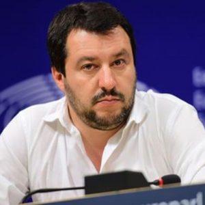 """Salvini: """"Lealtà al Governo ma ridiscutere parametri europei e ridurre le tasse"""""""