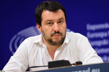 Governo allo sbando, torna il Rischio Italia