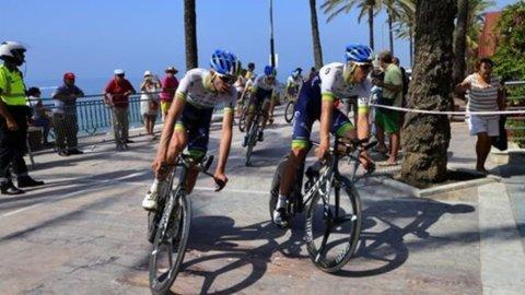 Vuelta: Dumoulin domina, ma Aru è sempre in corsa